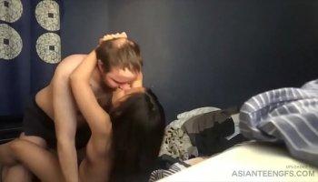 https://www.malayfuck.net/video/256/pretty-indo-sex-skandal-bcl-ariel-mesum-ml/