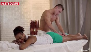 Malina march seduces her stepfather