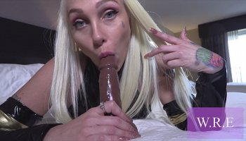 https://www.malayfuck.net/video/1634/shoplifter-luna-leve-gets-her-tight-pussy-banged-by-officers-dick/