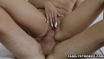 https://www.malayfuck.net/video/2114/sandwich-with-slutty-mom-and-her-naughty-daughter-dixie-comet/