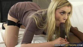 https://www.malayfuck.net/video/2501/the-evil-nurse-has-fun-with-an-innocent-patient/
