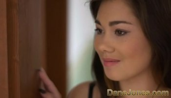 https://www.malayfuck.net/video/3655/scrawny-old-dude-drills-a-stunning-blondes-tight-pussy-hard/