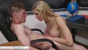 Smoking hot teacher bangs her disobedient students