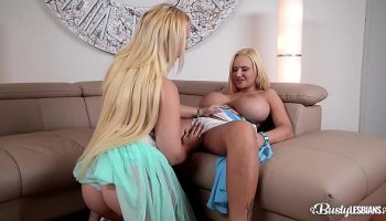 https://www.malayfuck.net/video/4376/dolly-leigh-gets-punished-by-her-dad/